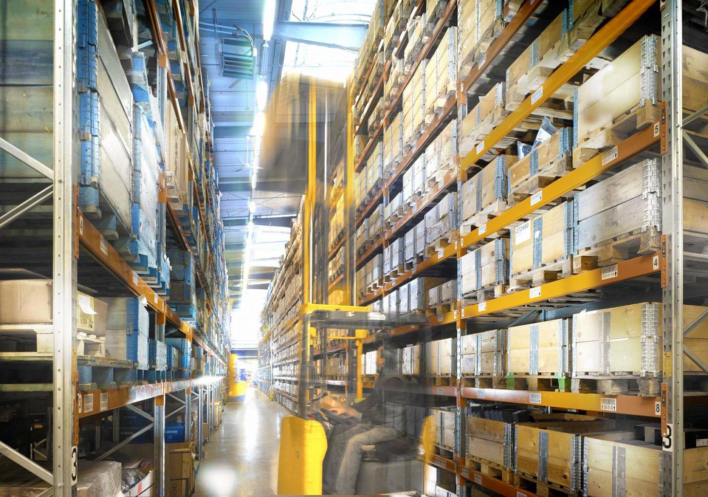 Ersatzteillogistik-Lager-ersatzteilmanagement-logistik-aftersales