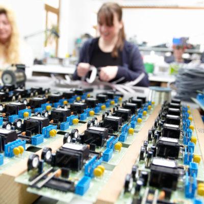 Lohnmontage-Lohnfertigung-Ersatzteilmanagement-Konfektionierung-Lohnarbeit-Montage-Ersatzteile-Fulfillment