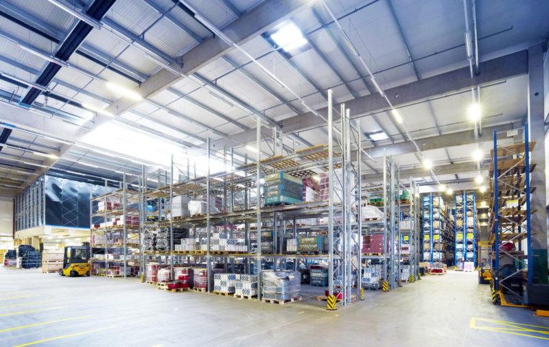 Ersatzteillager Ersatzteillogistik Ersatzteilmanagement Versand Lager Logistik Fulfillment Storage Logistic Shipping Packaging Binning