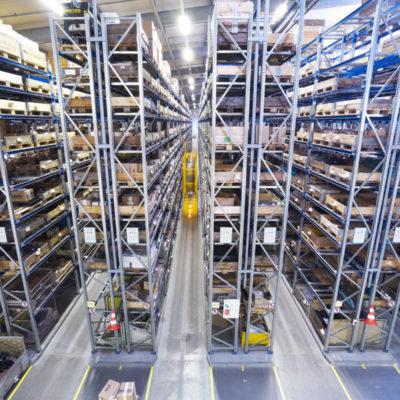 Ersatzteillager Ersatzteilmanagement Ersatzteillogistik Warehouse Shelf Binning Storage Shipping Logistic
