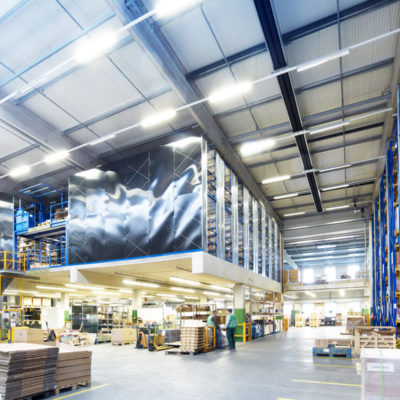 Ersatzteillager Hochregal Kleinteile Palette Ersatzteilmanagement Warehouse Logistik Lager Fulfillment Binning Kitting