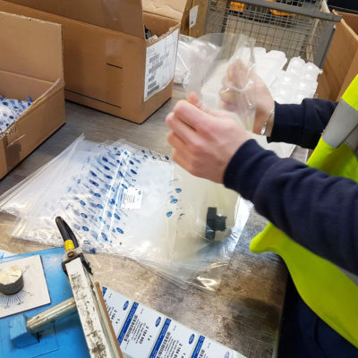 Kitting Versand Logistik Online Handel Ecommerce