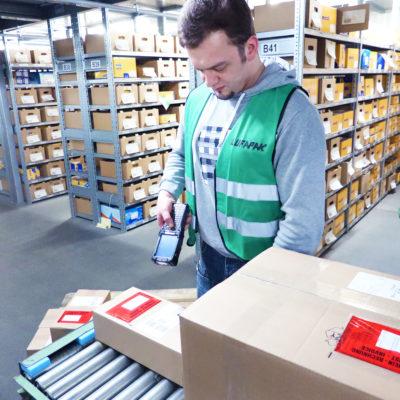 kommissionierung-lagerung-versand-logistik